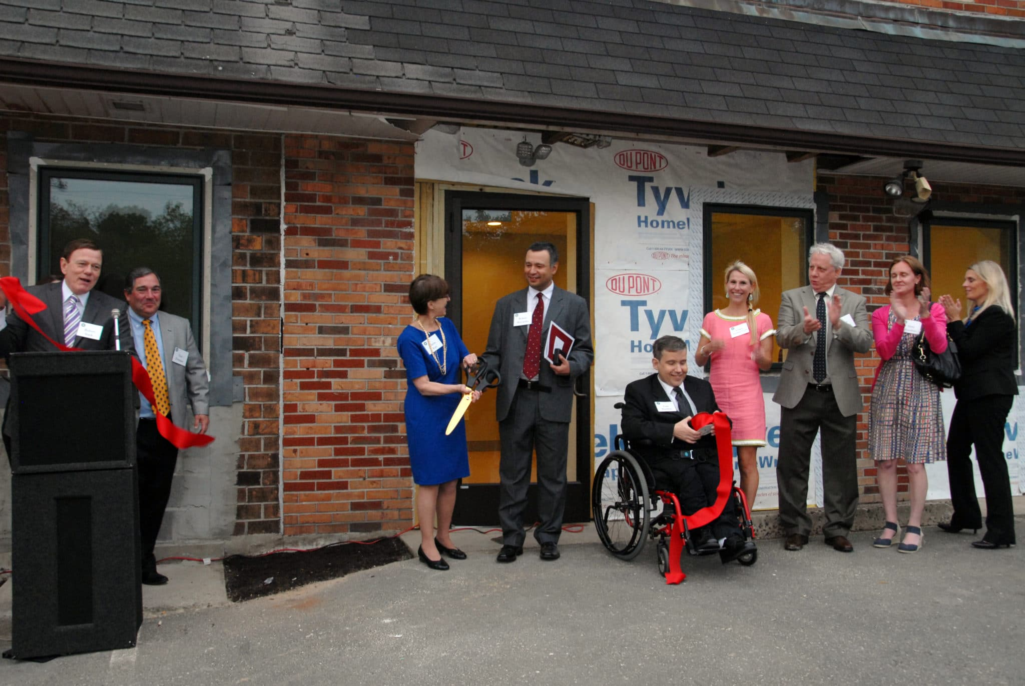 May 15, 2015, Elaine Katz, senior vice president of grants and communications for the Kessler Foundation, received the Betty Pendler Award from Community Options Inc. at the Daily Plan It – Farber Rd – Ribbon Cutting ceremony.