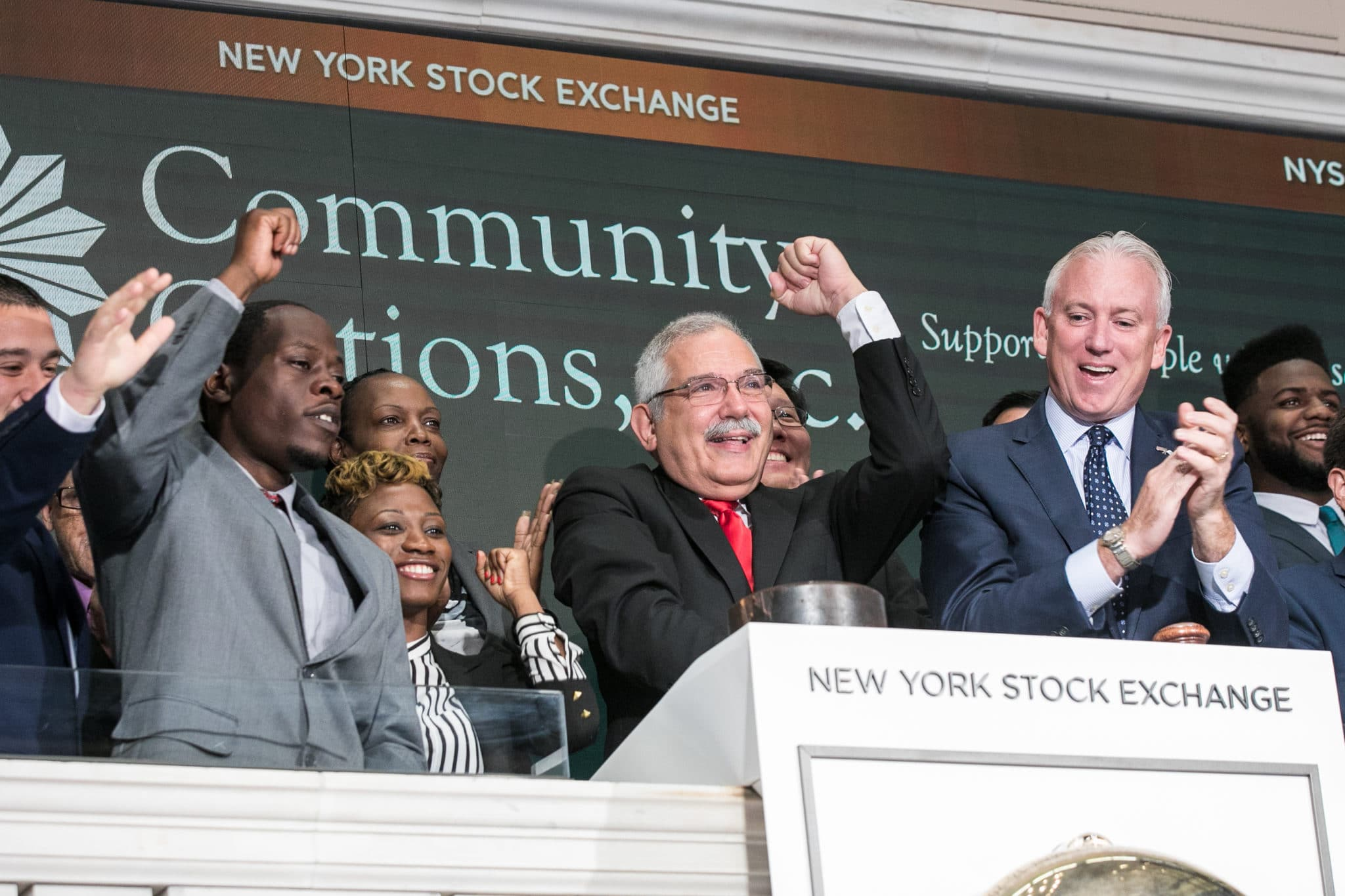 On Thursday, August 17, 2017, The New York Stock Exchange welcomes executives and guests of Community Options, Inc. to celebrate 10 years of providing housing and employment support to individuals with intellectual and developmental disabilities in South Carolina, Community Options will hold its 11th Annual iMatter Conference at the Francis Marion Hotel from September 24-27. To honor the occasion, Phil Lian,Board Member, rings the NYSE Opening Bell®.